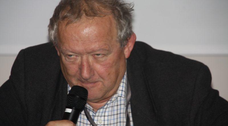 Trzeba chlastać Adam Michnik w Olsztynie - 26.10.17 r. - fot. Andrzej Adamowicz