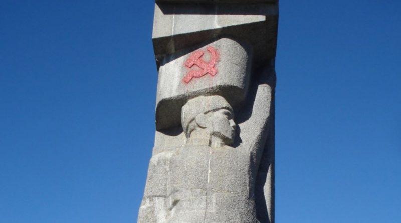 Olsztyński symbol wolności sąd broni