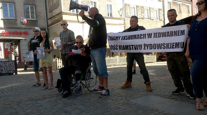 Nie będą Żydzi pluć nam w twarz