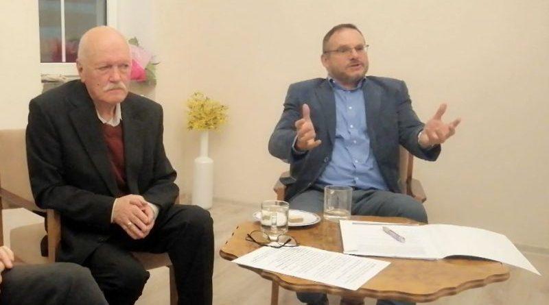 Mirosław Sochacki na spotkaniu z Mirosławem Rogalskim
