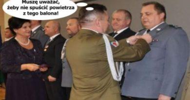 medal za kłamstwo