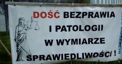 Wszystko podtrzymuję - Dość bezprawia i patologii w wymiarze sprawiedliwości - Warszawa SN - fot. S. Olsztyn