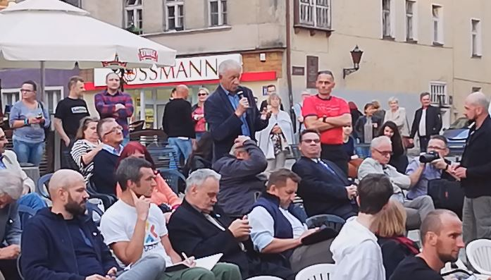 Bnedykt Butajło - Żelazna ławka - 14.09.18 r. - fot. S. Olsztyn