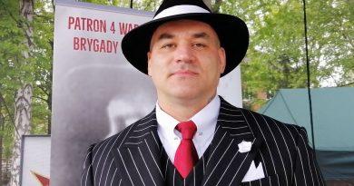 Przemysław Majewski - Mam biało-czerwone serce
