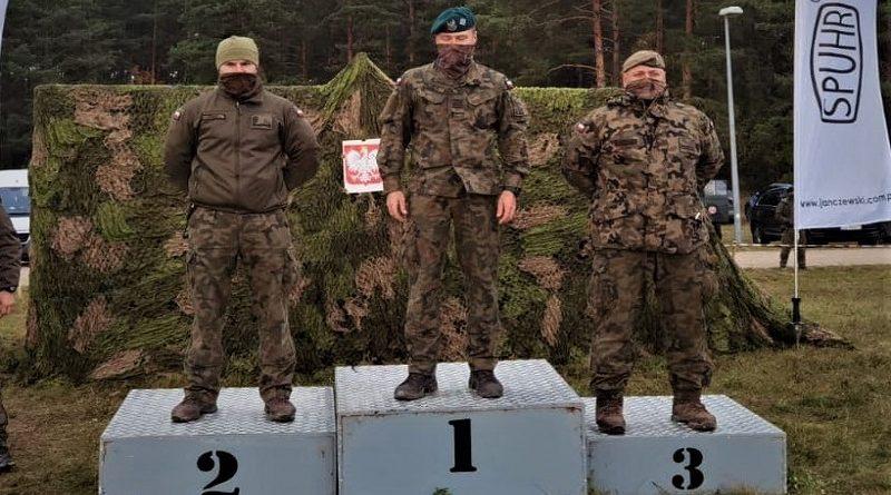 Kpr. Paweł Jastrzębski - Orzysz 2020 - Medaliści w trójboju - fot. WOT